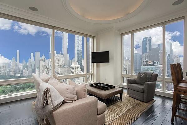 Manhattan real estate prices for 1 Central Park West