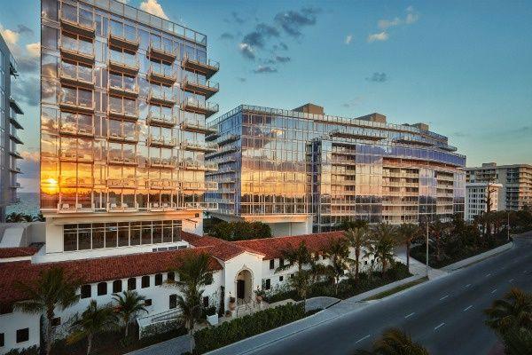 Four Seasons Surfside Condominios en venta en Miami